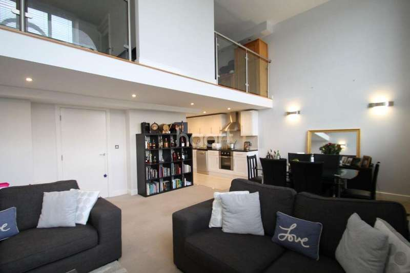 2 Bedrooms Flat for sale in Old Arts College, Newport