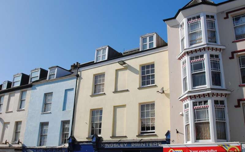 1 Bedroom Flat for sale in High Street, Ilfracombe