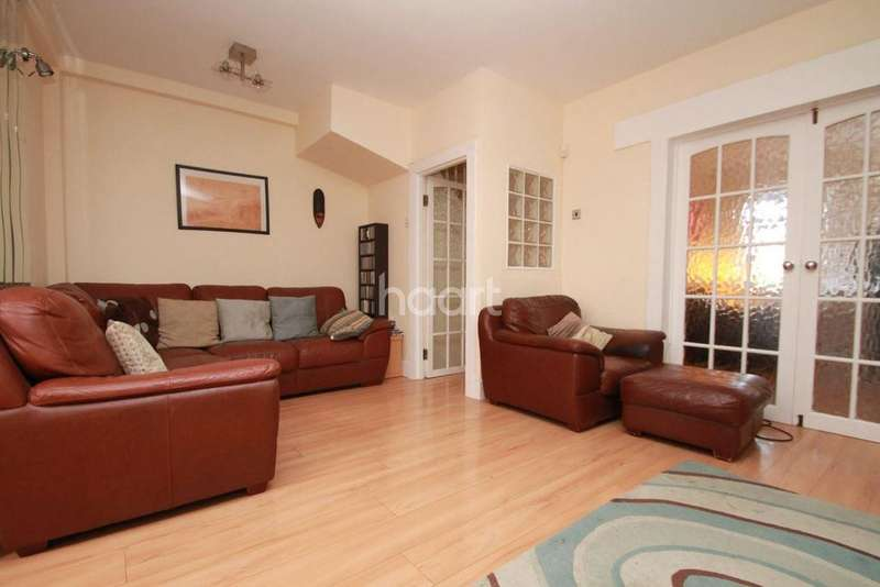 4 Bedrooms Terraced House for sale in Douglas Avenue, Walthamstow