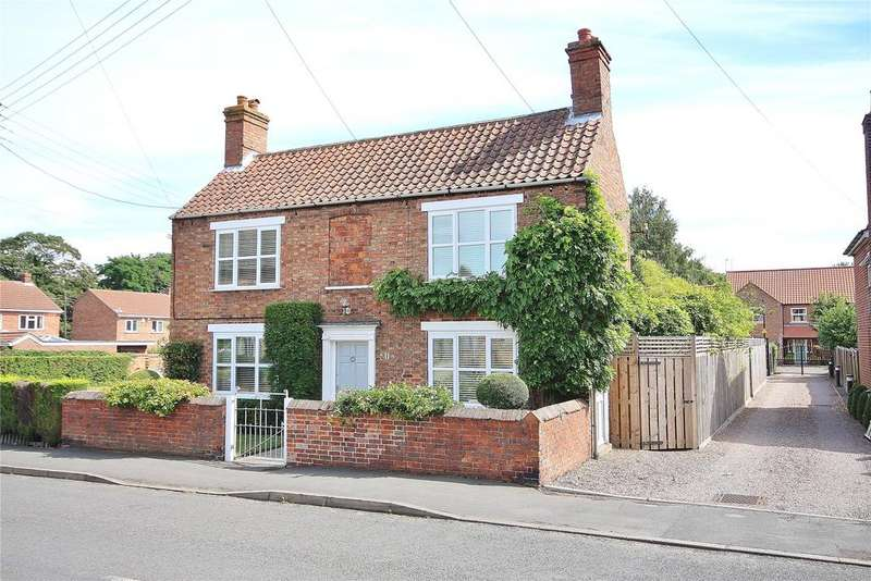 3 Bedrooms Detached House for sale in High Street, Swinderby, LN6