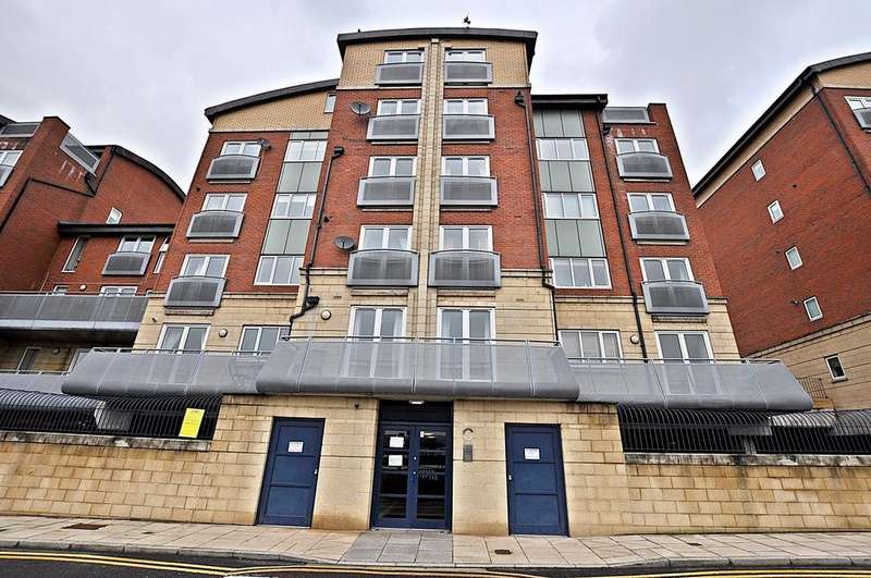 1 Bedroom Apartment Flat for sale in High Quay, City Road, Newcastle Upon Tyne