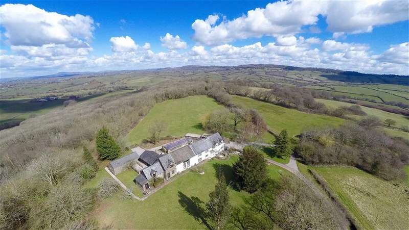 4 Bedrooms Detached House for sale in Wolvesnewton, Chepstow, Monmouthshire