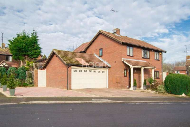 5 Bedrooms Detached House for sale in Stoneleigh Close, Barton Hills