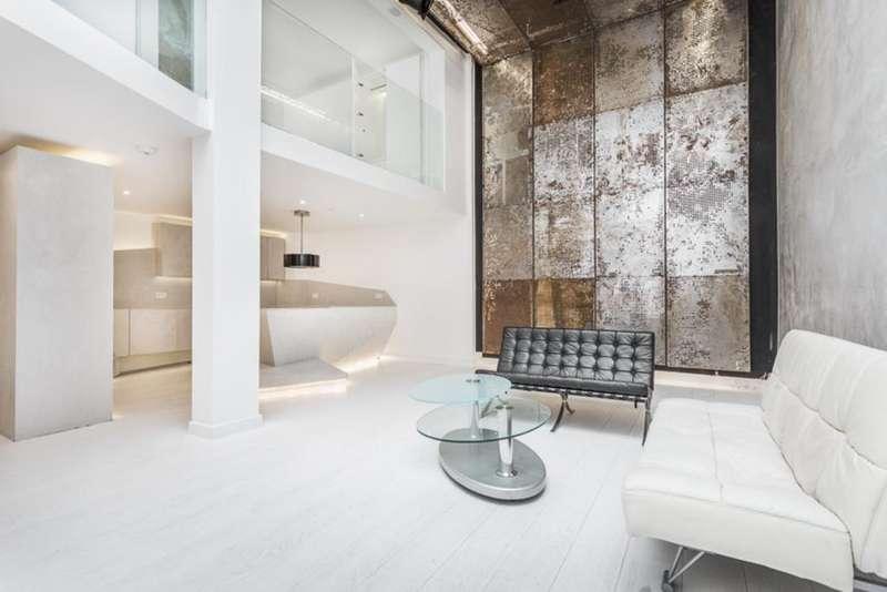 2 Bedrooms Maisonette Flat for sale in Warple Mews, London, W3