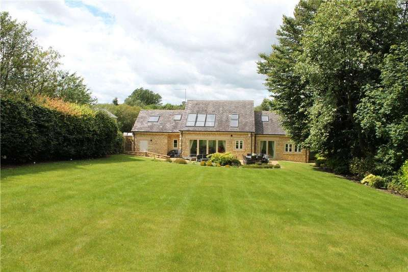 3 Bedrooms Detached House for sale in Greenview Cottage, Tarn Lane, Wike/Scarcroft, Leeds, West Yorkshire