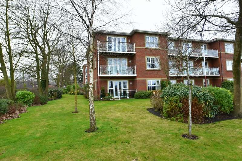 2 Bedrooms Apartment Flat for sale in Aughton Park Drive, Aughton