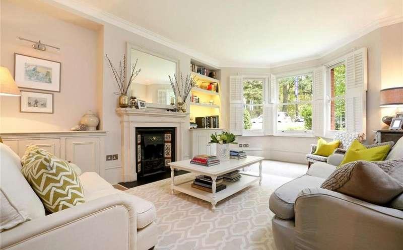 2 Bedrooms Flat for sale in Albert Mansions, Albert Bridge Road, London, SW11