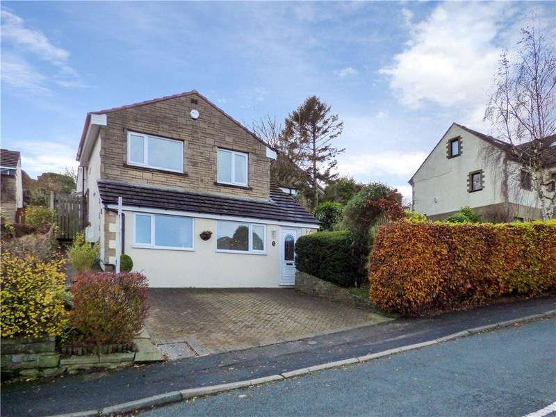 3 Bedrooms Detached House for sale in Spring Avenue, Long Lee, Keighley, West Yorkshire