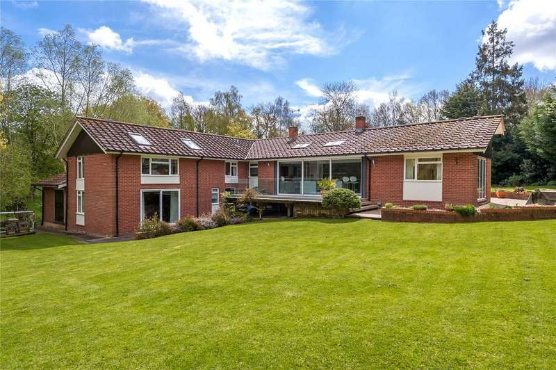 4 Bedrooms Detached House for sale in Spring Elms Lane, Little Baddow, Chelmsford, CM3