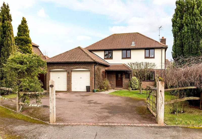 4 Bedrooms Detached House for sale in Plainwood Close, Chichester, West Sussex, PO19