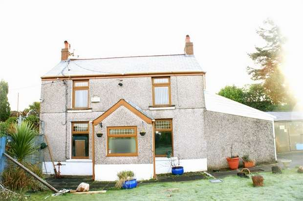 3 Bedrooms Detached House for sale in Ty Segur, Hillside, Neath, West Glamorgan