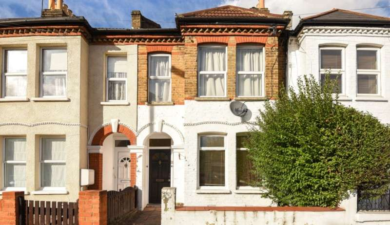 2 Bedrooms Ground Flat for sale in Quicks Road, Wimbledon, SW19