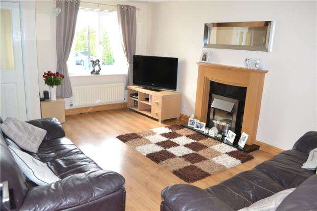 3 Bedrooms Semi Detached House for sale in Minton Road, Potters Green, Coventry, West Midlands