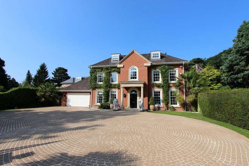 7 Bedrooms Detached House for sale in Warren Drive, Kingswood