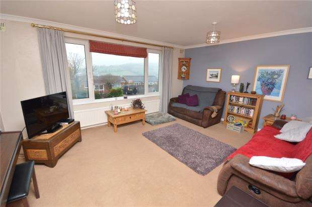 3 Bedrooms Detached Bungalow for sale in St. Marys Road, Teignmouth, Devon