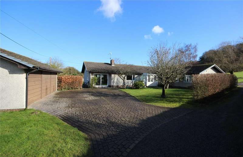 5 Bedrooms Detached House for sale in Berwick Lane, Easter Compton, Bristol, BS35