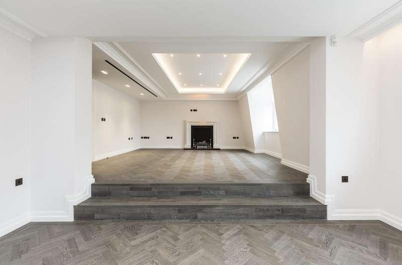 3 Bedrooms Flat for sale in Queen Street, Mayfair, London, W1J