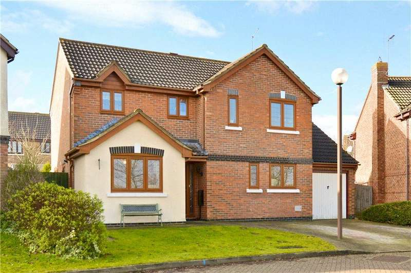 4 Bedrooms Detached House for sale in Eridge Green, Kents Hill, Milton Keynes, Buckinghamshire