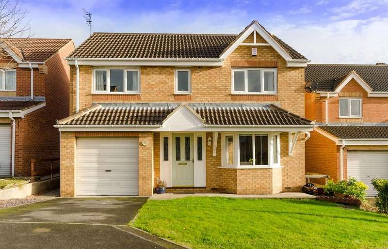 4 Bedrooms Detached House for sale in Hemingway Close, Castleford
