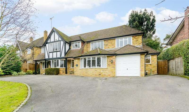 4 Bedrooms Detached House for sale in Howards Wood Drive, Gerrards Cross, Buckinghamshire