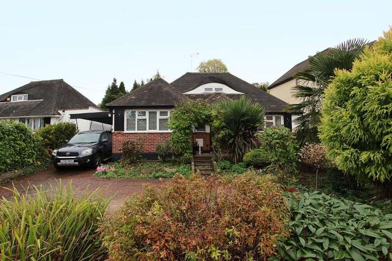 3 Bedrooms Detached Bungalow for sale in Hillside, Banstead