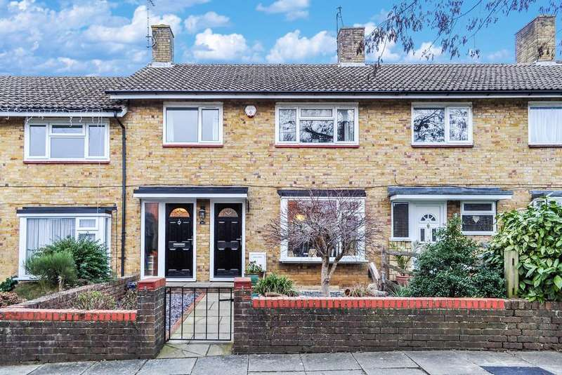 3 Bedrooms Terraced House for sale in The Hollow, Gossops Green