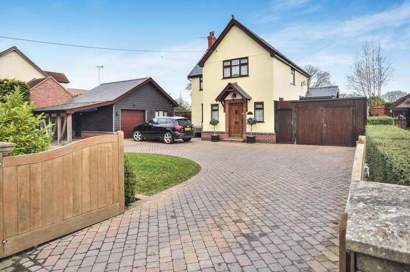 4 Bedrooms Detached House for sale in Weeley Road, Little Clacton