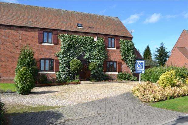 4 Bedrooms Semi Detached House for sale in Willow Lane, Fillongley, Coventry, Warwickshire