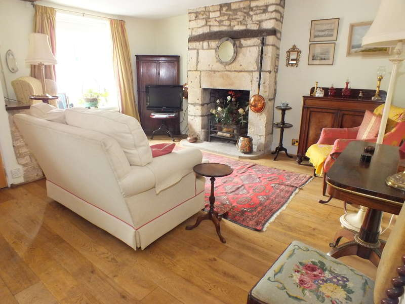 4 Bedrooms Terraced House for sale in Minchinhampton