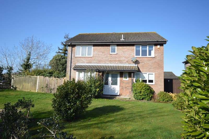4 Bedrooms Detached House for sale in Ash Grove, Everton, Lymington