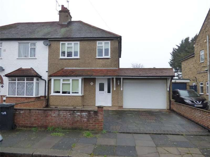 3 Bedrooms Semi Detached House for sale in Ashton Road, Enfield, London, EN3