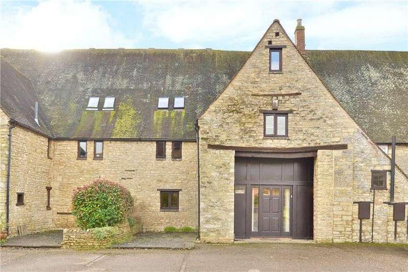 4 Bedrooms Unique Property for sale in Lodge Farm Court, Castlethorpe, Milton Keynes, Buckinghamshire