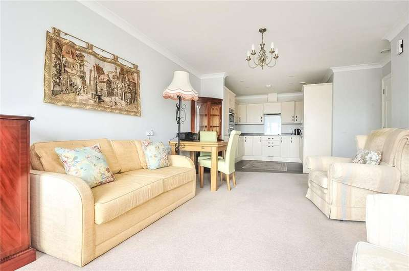 2 Bedrooms Retirement Property for sale in 16 The Coachworks, High Street, Ticehurst, Wadhurst, TN5