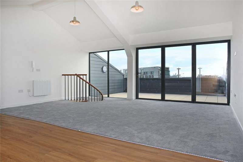 2 Bedrooms Penthouse Flat for sale in The Penthouse Collection, Southbrook Rise, Millbrook Road East, Southampton, SO15