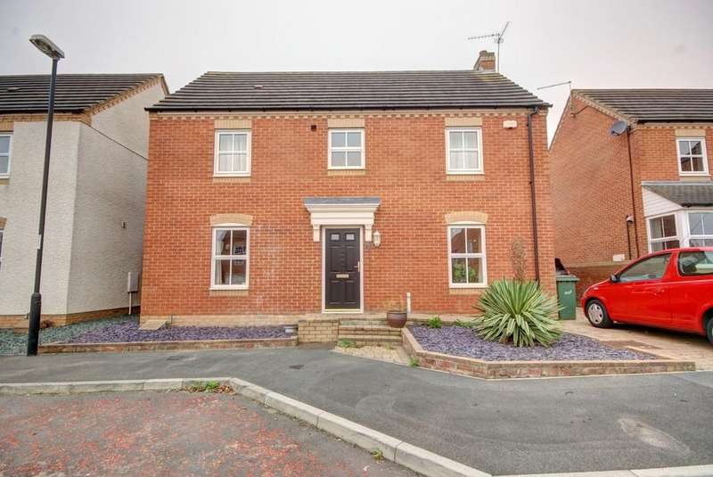 4 Bedrooms Detached House for sale in Beechbrooke, Ryhope