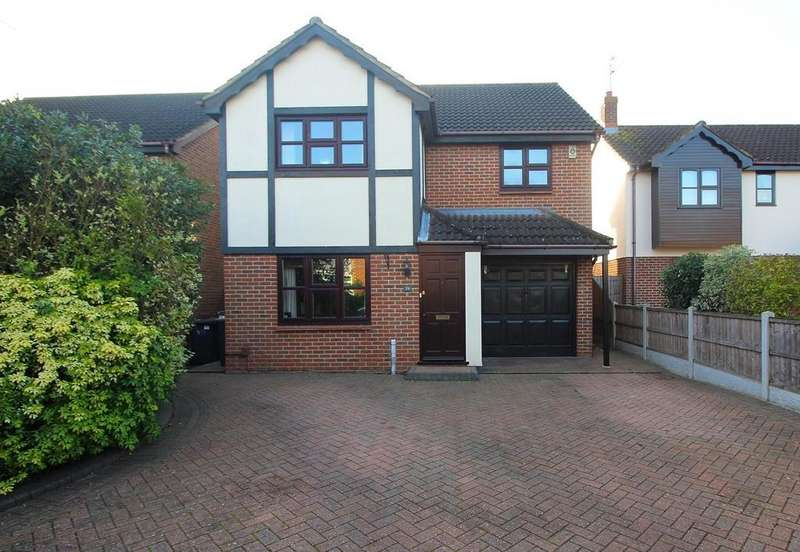 4 Bedrooms Detached House for sale in Wilshire Avenue, Springfield, Chelmsford, Essex, CM2