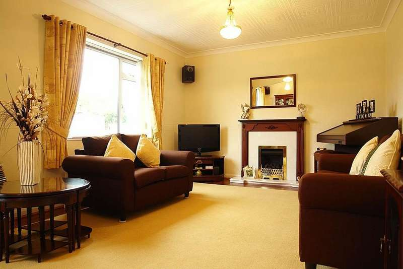 4 Bedrooms Detached House for sale in 117 Trent Road, Shaw
