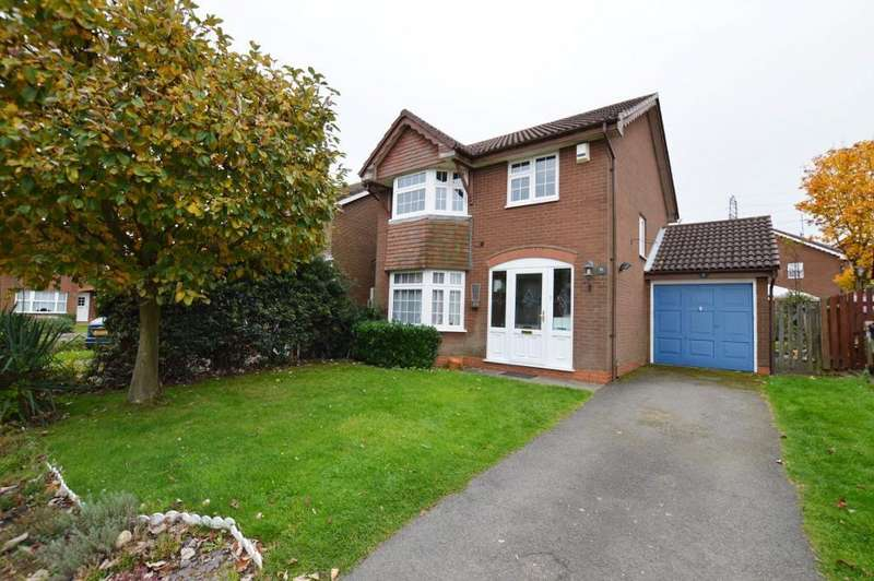 4 Bedrooms Detached House for sale in Kirby Drive, Luton, LU3 4AW