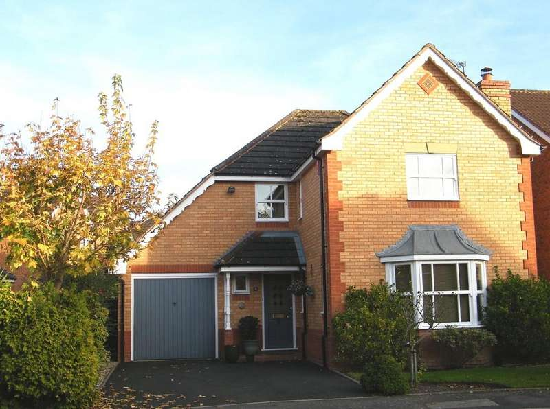 4 Bedrooms Detached House for sale in Woodperry Avenue, Solihull