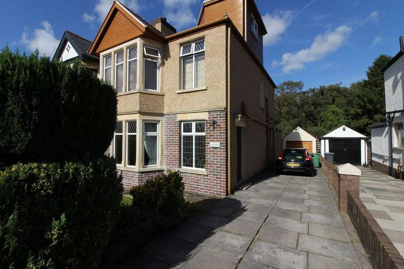3 Bedrooms Semi Detached House for sale in Crystal Wood Road, Heath