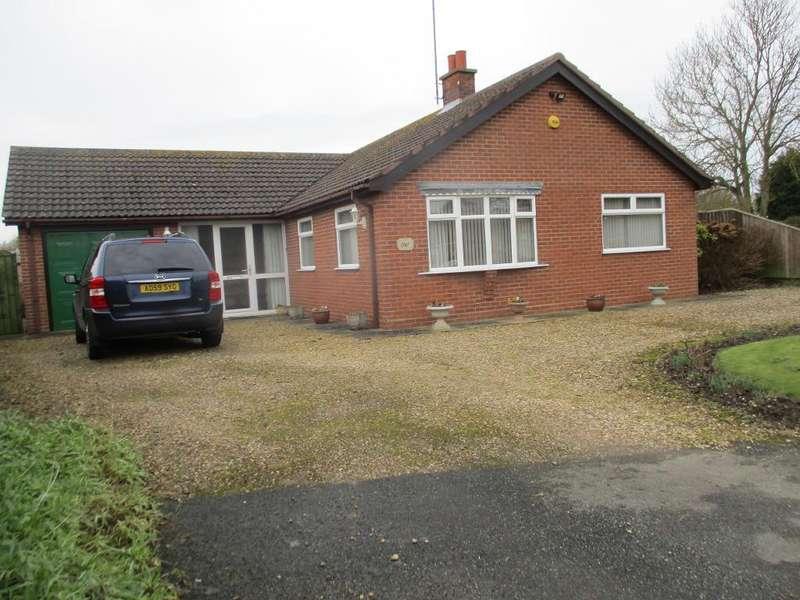 3 Bedrooms Detached Bungalow for sale in Little Common Lane, Holbeach Clough, Lincolnshire, PE12 8BL