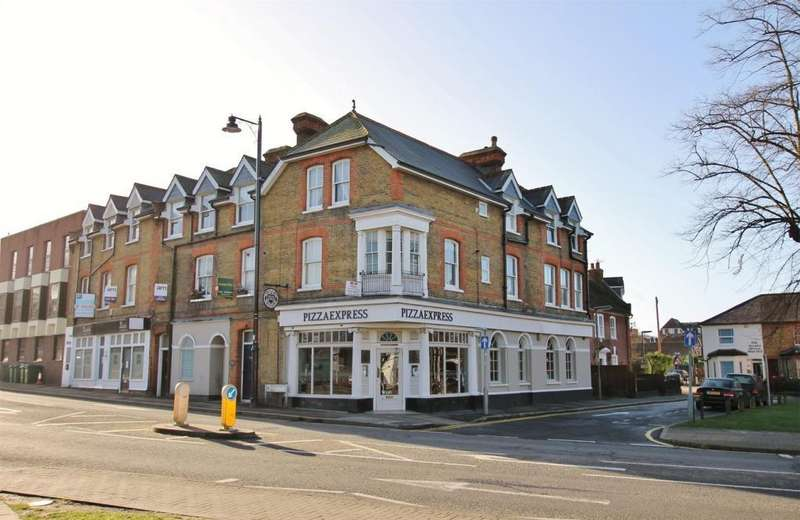 1 Bedroom Flat for sale in Monument Hill, Weybridge, KT13
