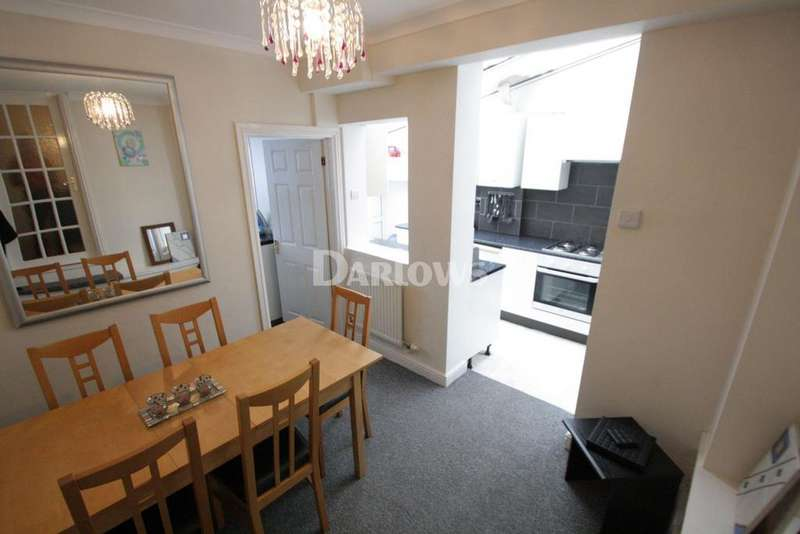 4 Bedrooms Terraced House for sale in Victoria Street