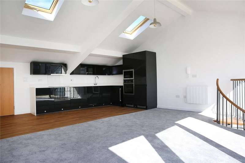 2 Bedrooms Penthouse Flat for sale in 80 Southbrook Rise, 4-8 Millbrook Road East, Southampton, SO15