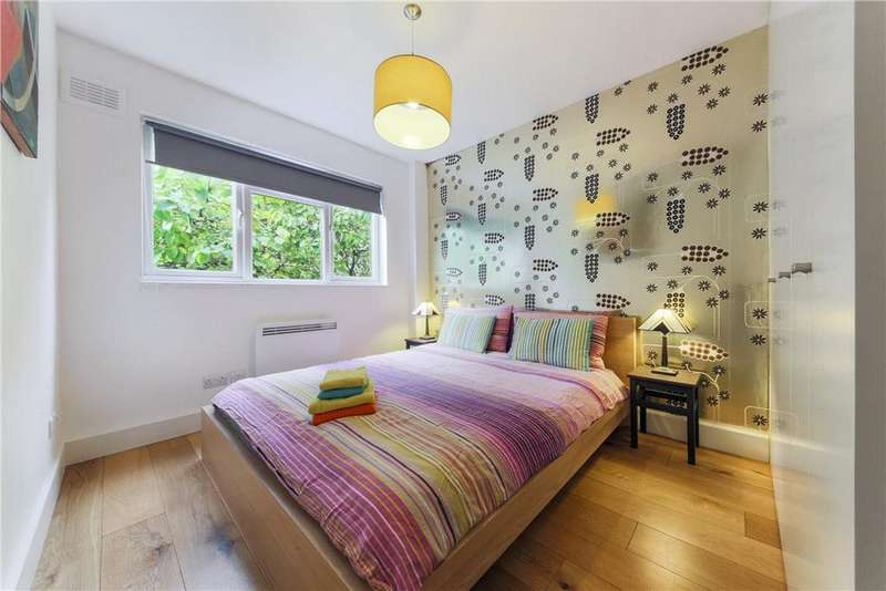 2 Bedrooms Flat for sale in Gwynne House, Turner Street, Whitechapel, London, E1