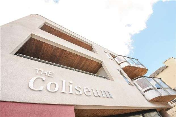 2 Bedrooms Flat for sale in 4 The Coliseum, CHELTENHAM, Gloucestershire, GL52 2LP