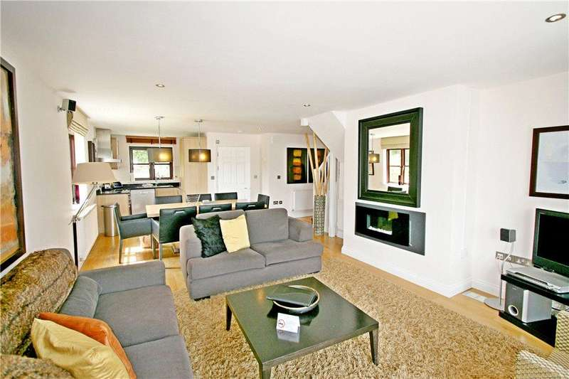3 Bedrooms Detached House for sale in Willow Cottage, Hustyns, St Breock, Cornwall