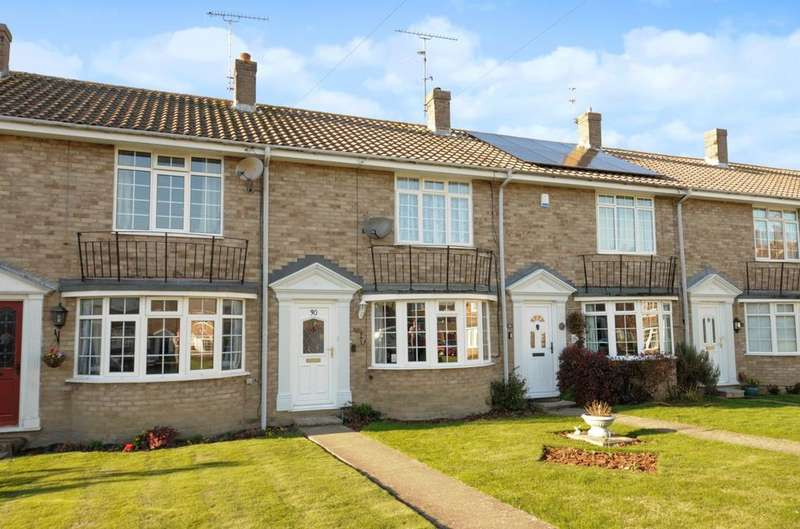 2 Bedrooms House for sale in Broadwood Close, Horsham, RH12