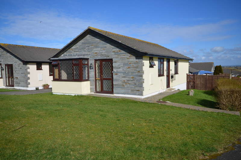 3 Bedrooms Detached Bungalow for sale in Durning Road, St. Agnes, Cornwall