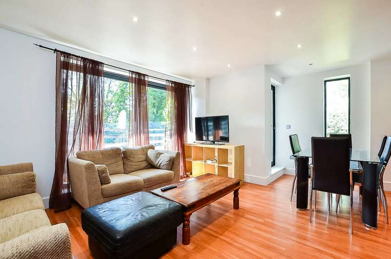 2 Bedrooms Flat for sale in Denmark Hill, Camberwell, SE5